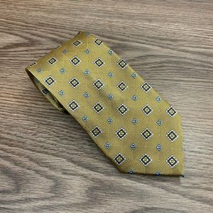 Jos A Bank XL Gold w/ Navy & White Check Tie